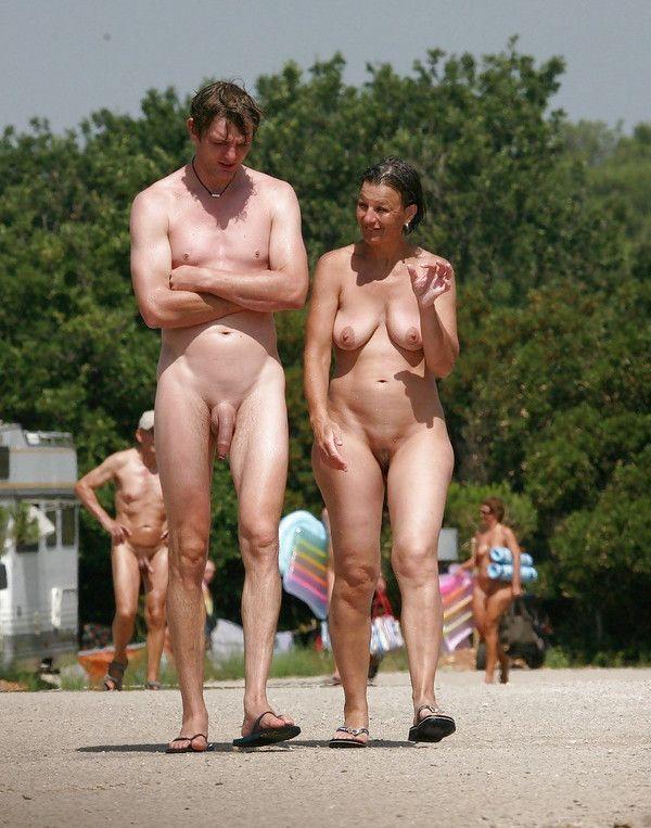 Нудистский Пляж Зрелые Фото - Нудизм И Натуризм